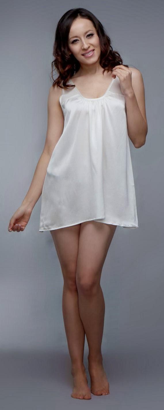 Silk+Short+Night+Wear+Nighty+Dress+For+Girls+Fashion+In+Bed006