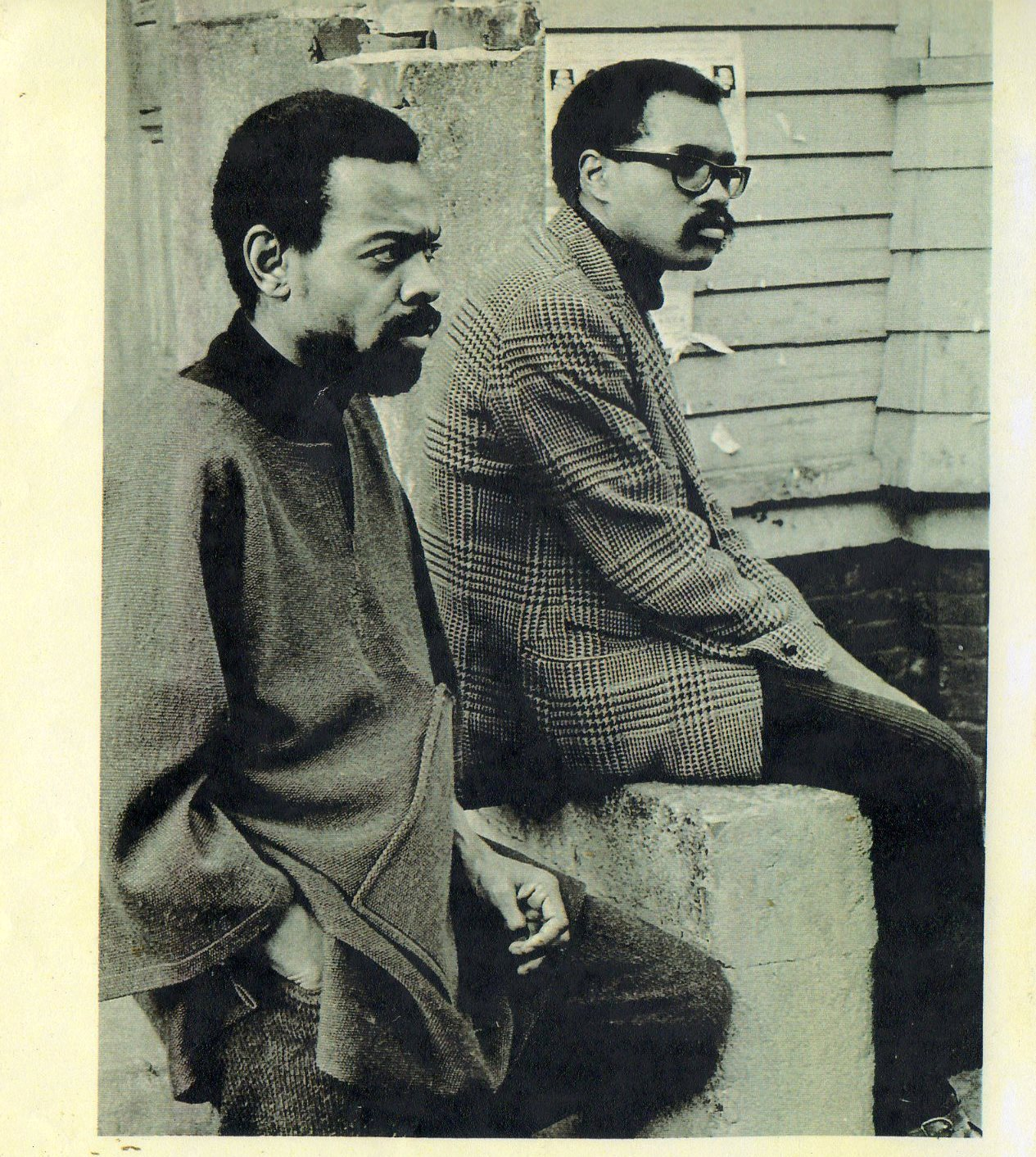 cultural front from a black art poem to the black arts movement amiri baraka larry neal photo appears on back of their anthology black fire