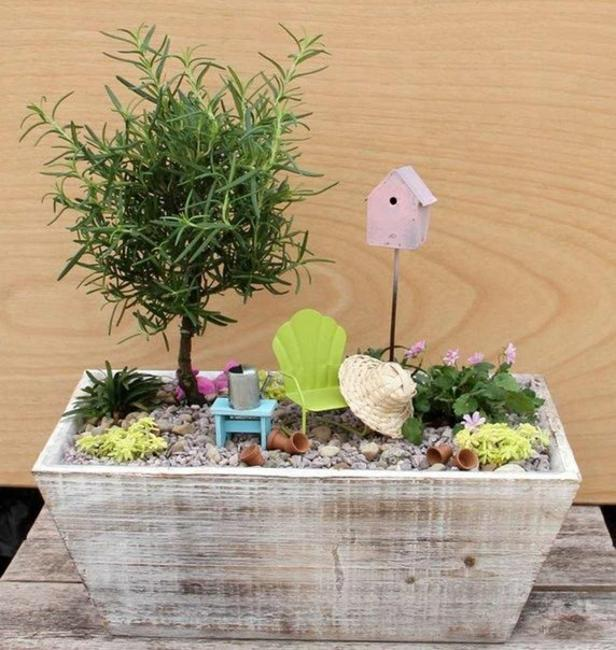 How to recycle miniature fairy garden designs for Mini garden landscape design