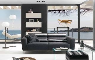 sofá moderno em sala de estar