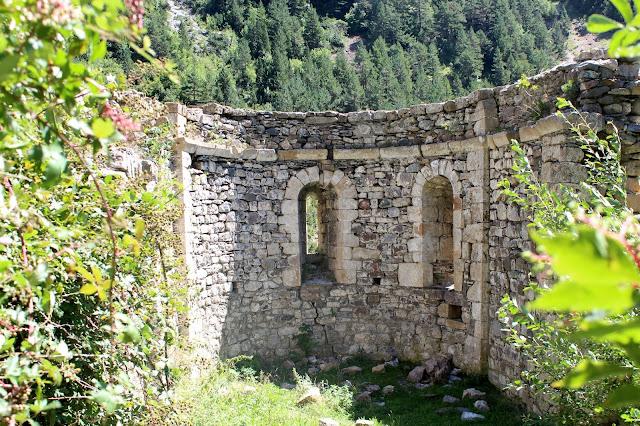 Restos del ábside de la iglesia de San Nicolás de Bujaruelo
