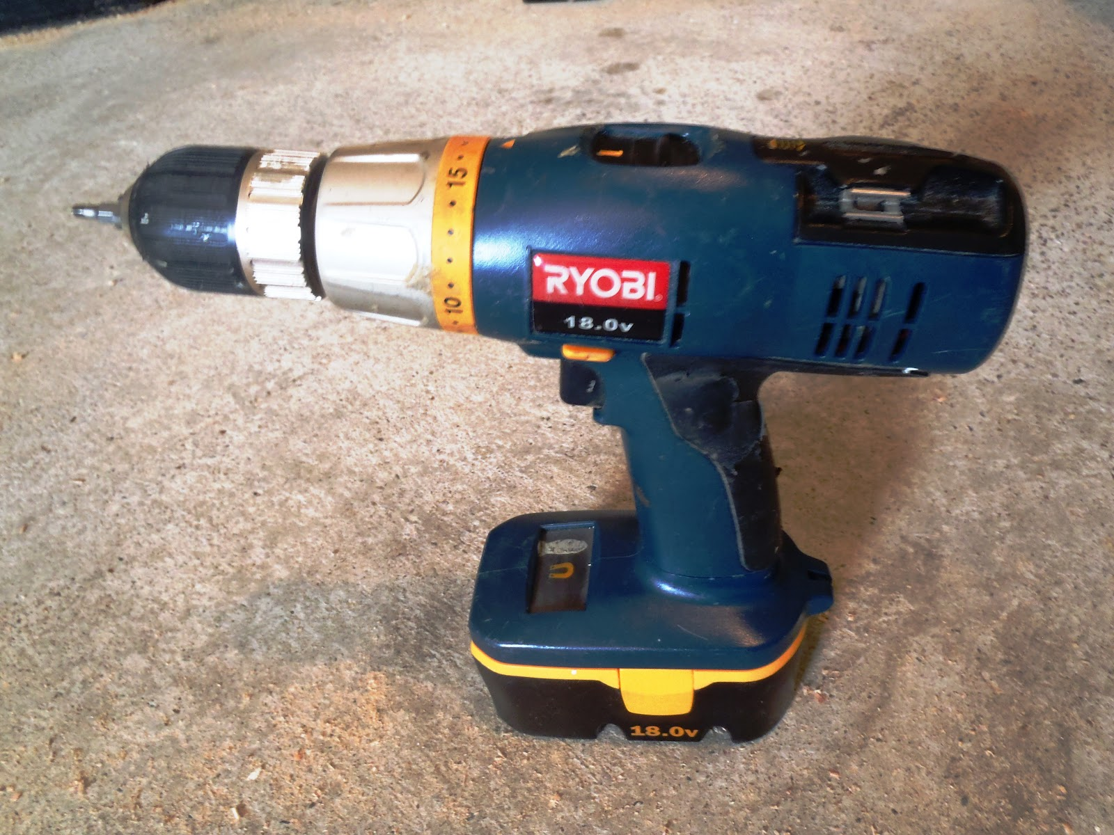 Carpenter power tools - photo#18