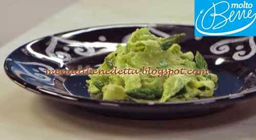Pappardelle al pesto di asparagi ricetta Parodi per Molto Bene su Real Time