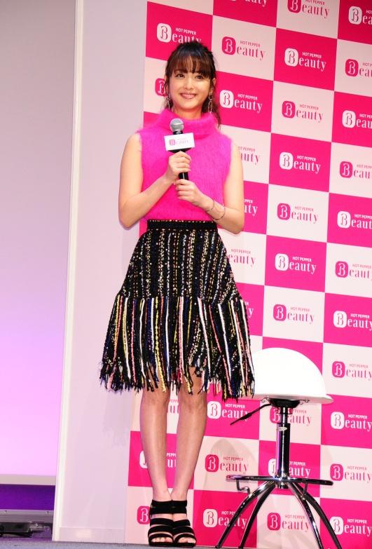 佐々木希 Nozomi Sasaki Hot Pepper Beauty Photos 3
