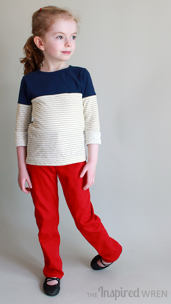 Fan-wear can be chic, not costumey, when sewn in comfy knits and denim | The Inspired Wren for CraftingCon