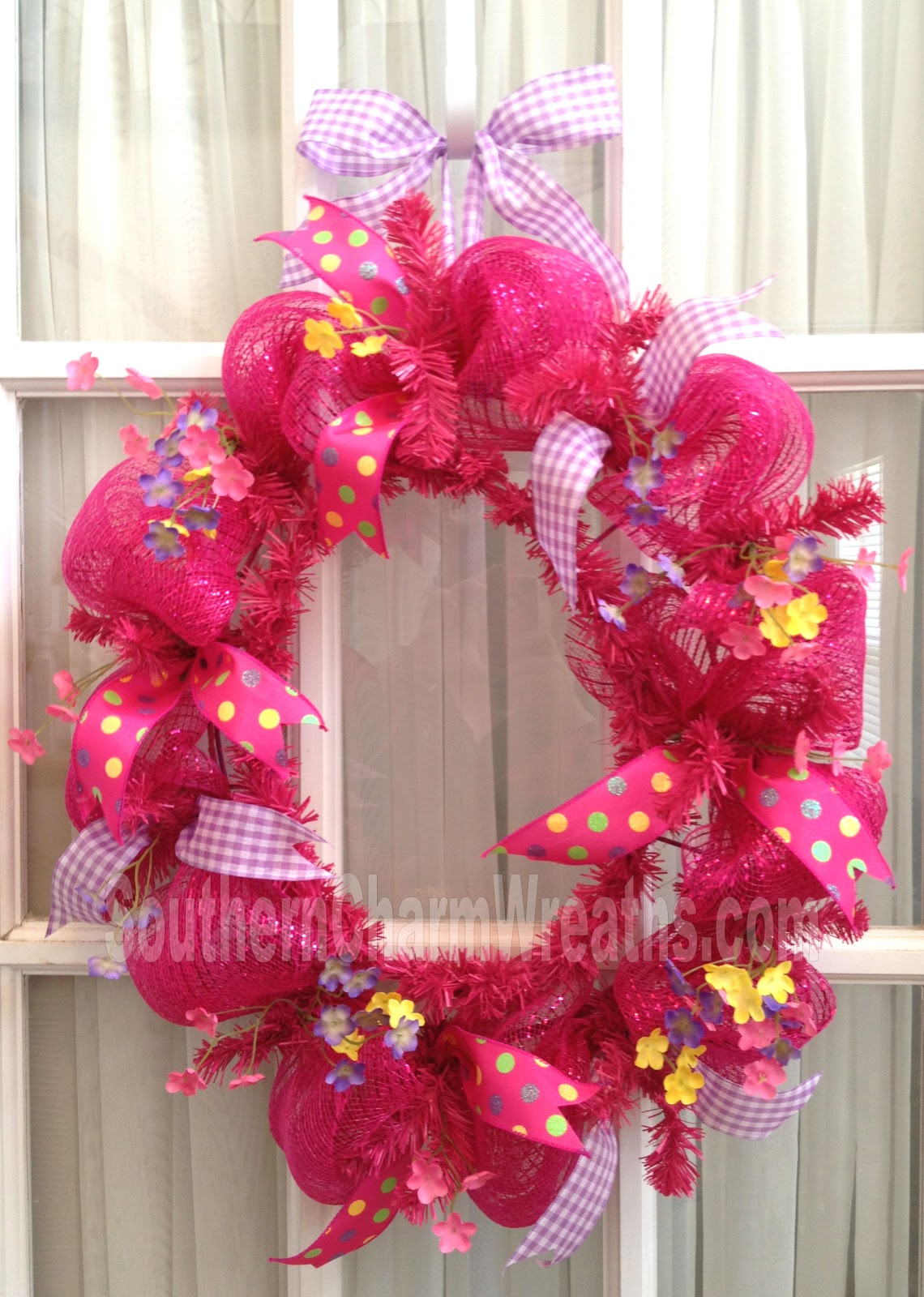 Learn to create your own fabulous and funky deco mesh Making wreaths