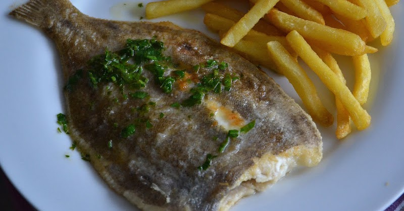 ... BITES BLOG: Simple Pan Fried Sole with Parsley and Lemon Butter