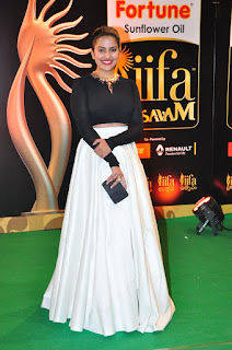 Vishaka Singh sizzling at iifa day 2 021.JPG