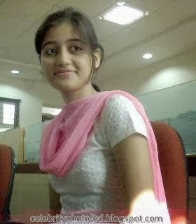 Deshi+girl+real+indianVillage+And+college+girl+Photos028