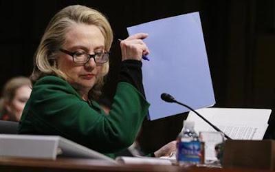 Clinton, tegas, mempertahankan, pengendalian, serangan, Benghazi, Perang, Dunia