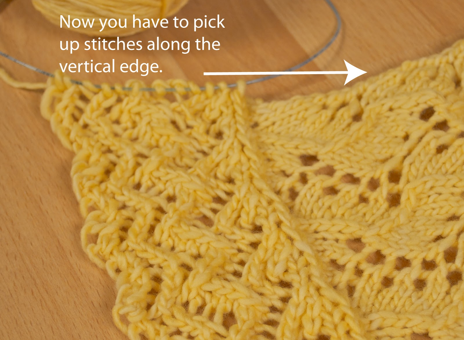 Pick Up Knit Stitches Along Cast Edge : AndreaKnits: Attached Lace Edging Tutorial Part 2
