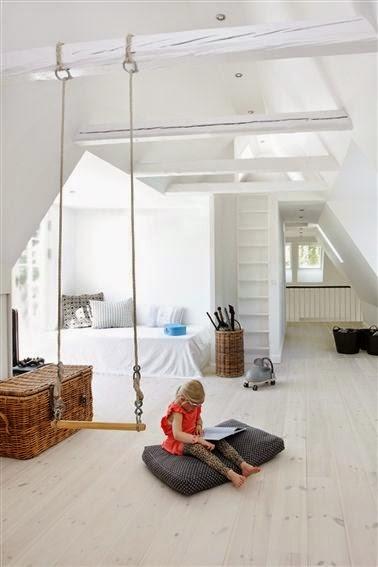 ca swing avec les balan oires d 39 int rieur caract rielle. Black Bedroom Furniture Sets. Home Design Ideas
