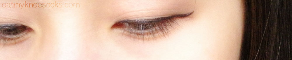 The Lenspop Bunny Color Brown circle lenses, worn with simple liquid eyeliner.