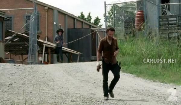 """The Walking Dead 4x07 """"Dead Weight"""" Promos, Sneek Peeks y Spoilers Spoiler-The-Walking-Dead-4x07-Carl-Rick"""