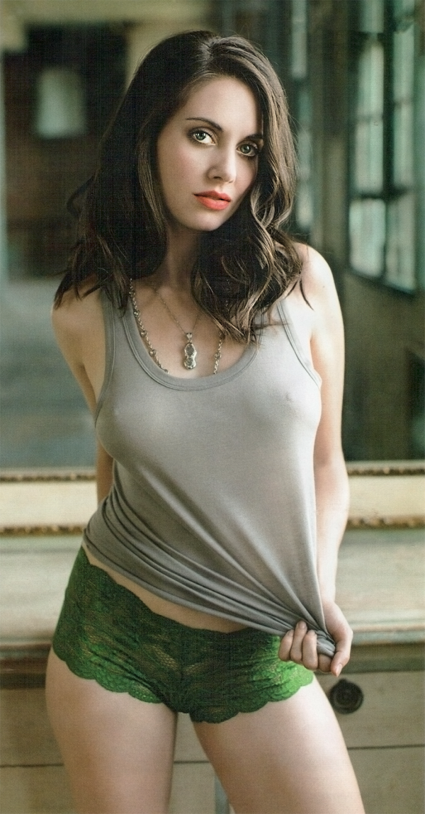 alison brie hot - photo #3