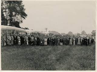 Photos of South Eastern Gas Board outing from Rainham Kent, approx 1950