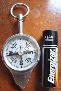 Kompas dan Alat Ukur Jarak Skala Peta/Curvimeter