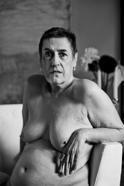 Tubo de madres desnudas reales