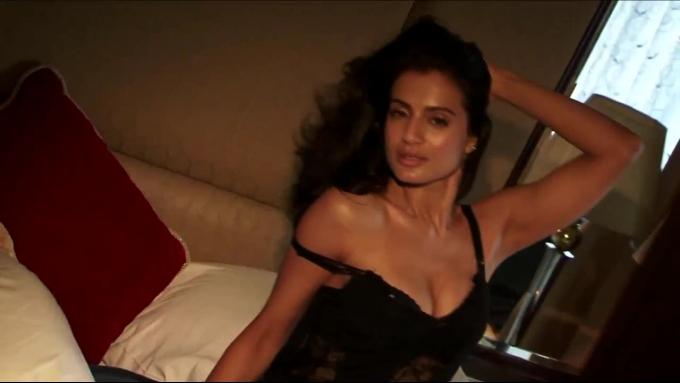 Hot Blog Photos: Ameesha Patel Maxim 2013 Magazine Hot