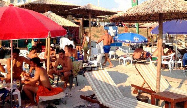 Απειλές και ύβρεις δέχθηκε κλιμάκιο εφοριακών σε beach bar στο Φανάρι Ροδόπης