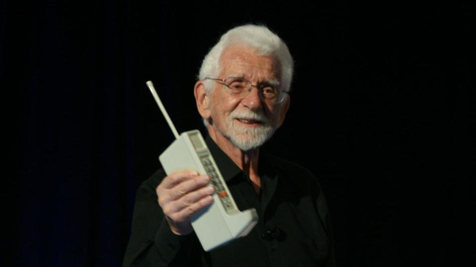 Mobile call first ever made phone 1973: First