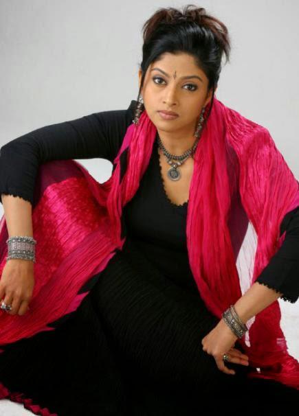 Nadhiya in Mahesh Babu...
