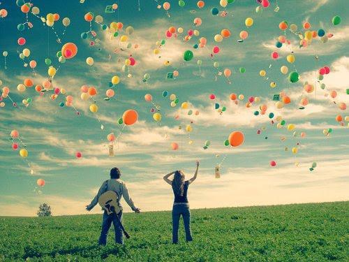 http://4.bp.blogspot.com/-yPrek77G7w4/UEFyV0lUZ8I/AAAAAAAABU8/EkiL0OpHtm0/s1600/1345726066519-felicidade-realista.jpg