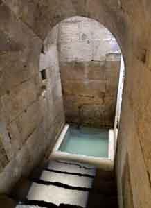 I bagni nel medioevo fra igiene e piacere - Bagno ebraico siracusa ...