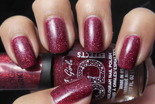 LA Girl 3D Holographic Sparkle Ruby