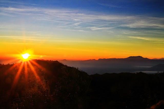 Bromo Sunrise di Puncak Pananjakan