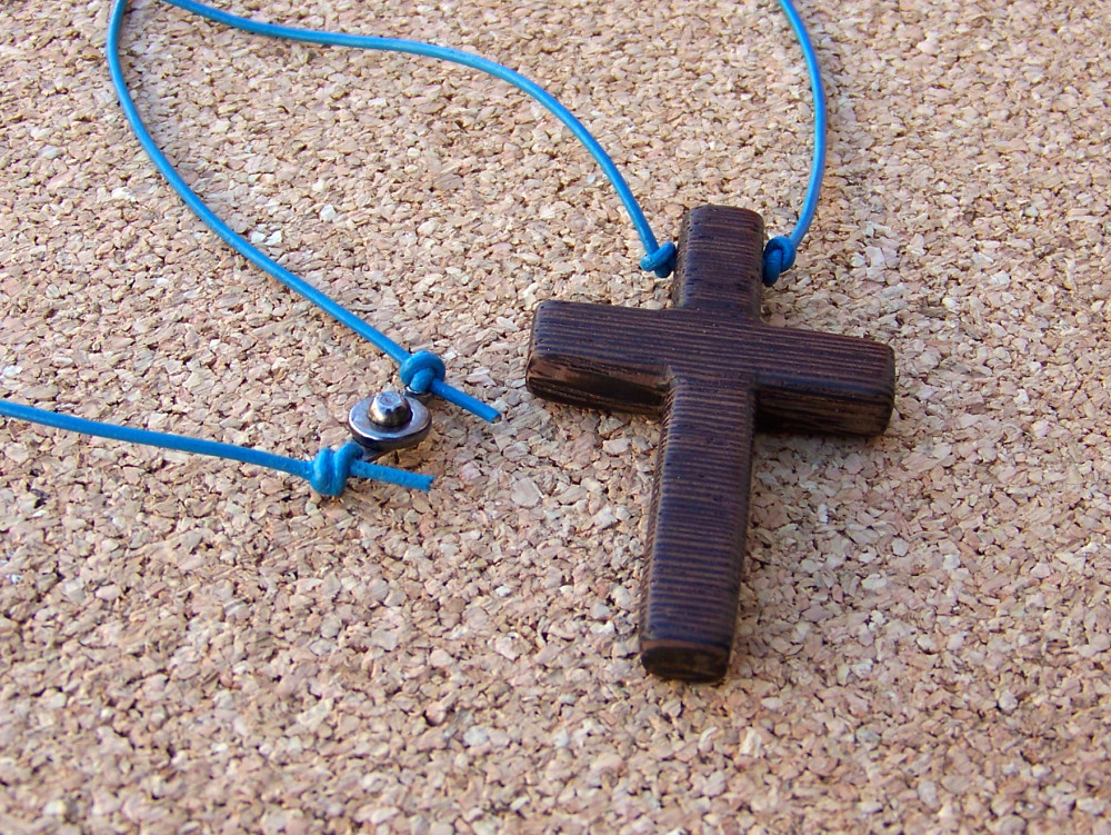 Lovesgallery How To Make Wood Cross Necklaces