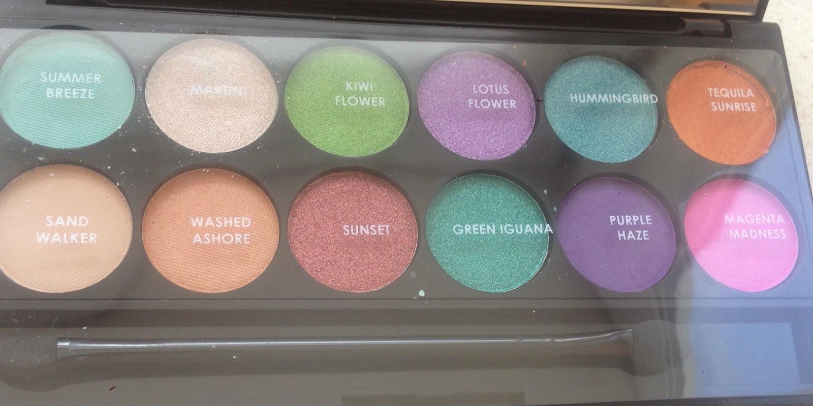 Sleek i-Divine Eyeshadow Palette in Snapshots