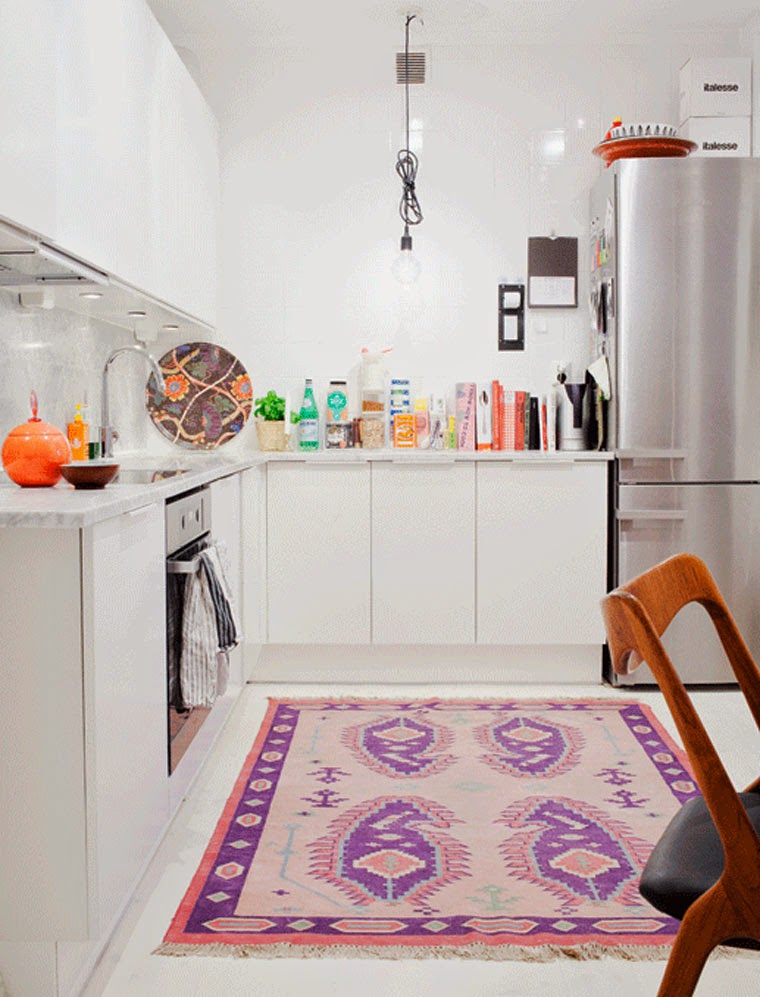 colourful rug in kitchen