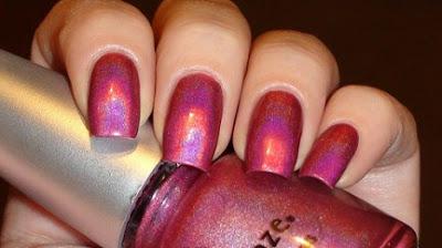 Glittering Dark Pink Nail Art 432x242 - Nail Art