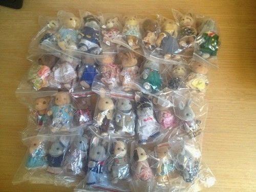 Lots of 10pcs Sylvanian Families Animal Figures Random Sending Loose