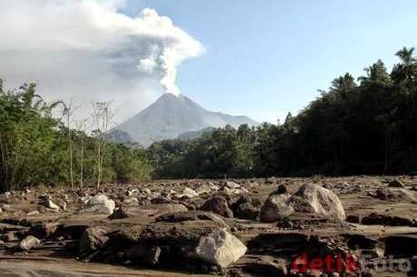 Foto Gunung Merapi Meletus April 2014 Berita Terkini