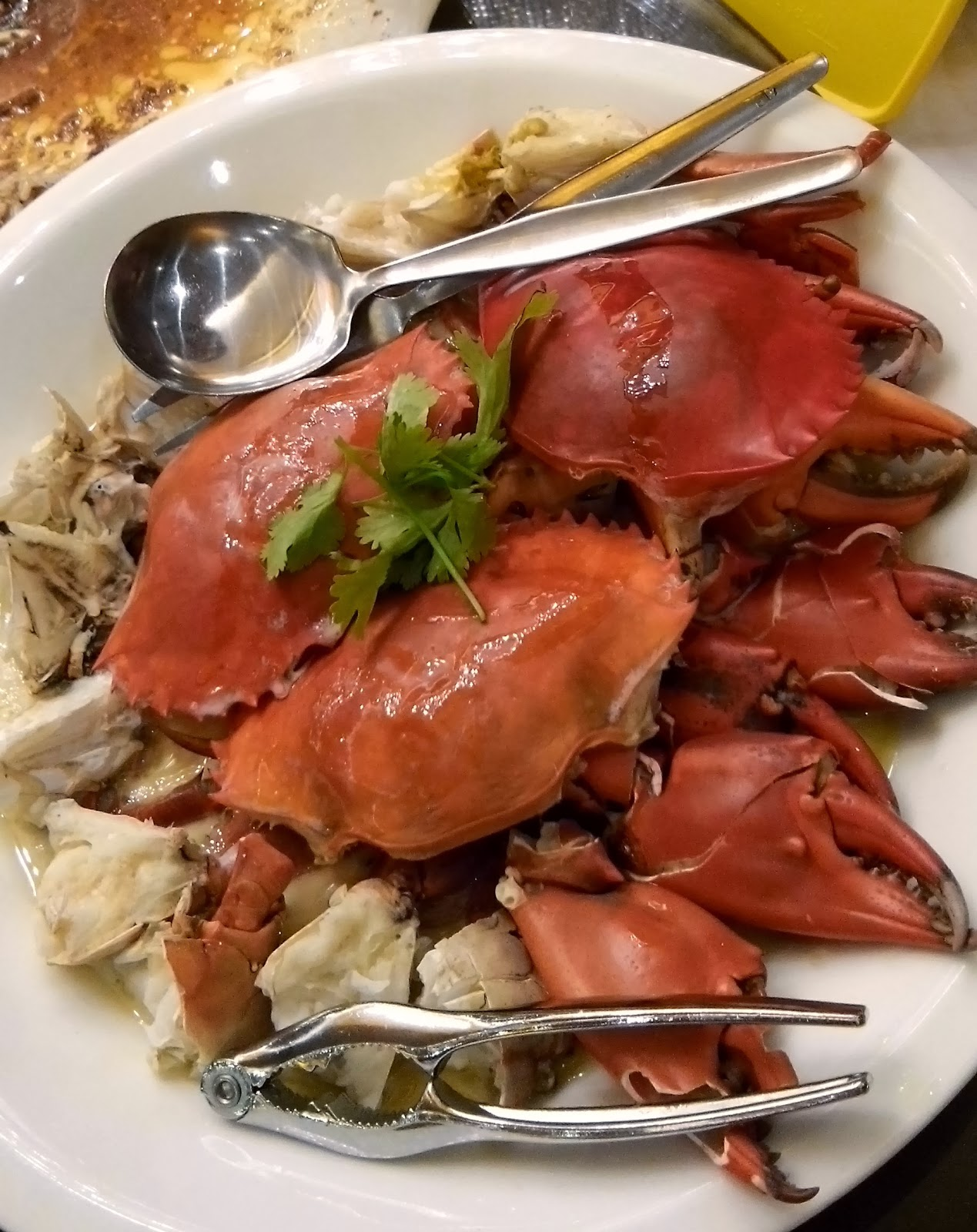 Steamed Crab with Chinese Wine and Eggwhite