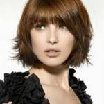 Model Gaya Rambut Pendek Berponi