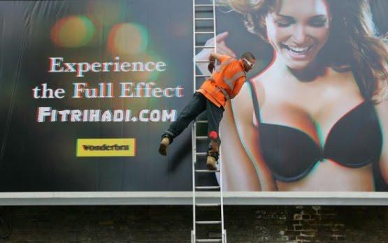 gambar iklan 3d wanita lelaki seksi