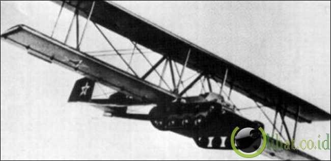 Proyek Tank Terbang