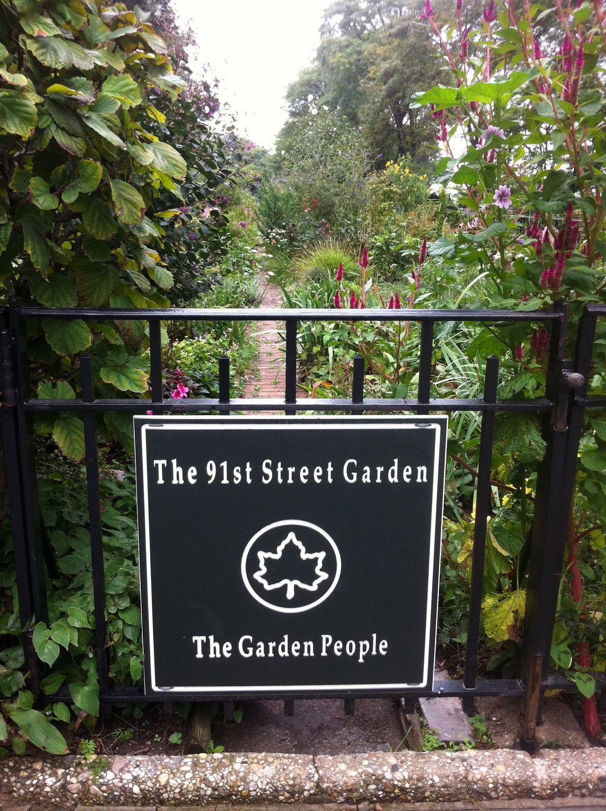 The 91st Street Garden Is A Beautiful Garden In Riverside Park (mentioned  In The Movie Youu0027ve Got Mail). Itu0027s The Perfect Example Of Organized Chaos.