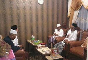 KH. Imam Shofwan, KH. Ubaidillah Shodaqoh (Rois Syuriah NU Jateng), Yai Aniq (Rois Syuriah NU Pati)