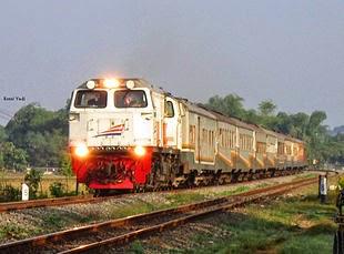 Info Jadwal dan Harga Tiket Kereta Api Harina Surabaya-Bandung