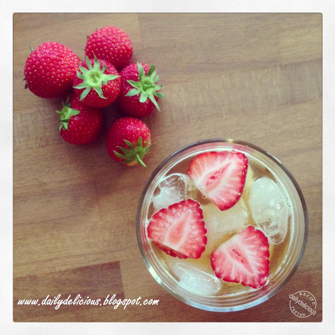 Dailydelicious june 2013 for What to mix with pimms