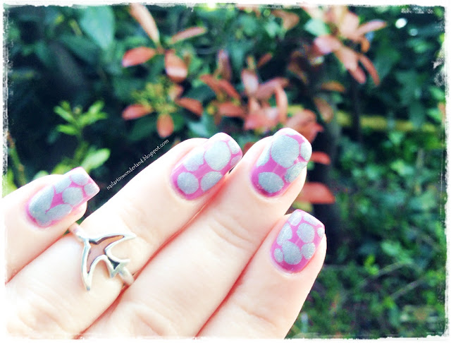 Pink and Holographic Blobbicure Nail Art