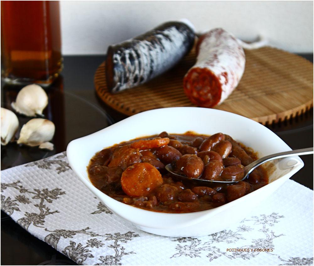 Potingues y fogones estofado de judias con chorizo y morcilla - Judias con chorizo y patatas ...