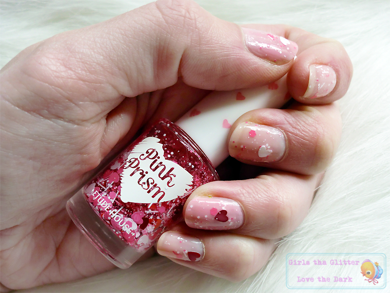 ETUDE HOUSE Pink Prism  Nails #5 Heart to Heart