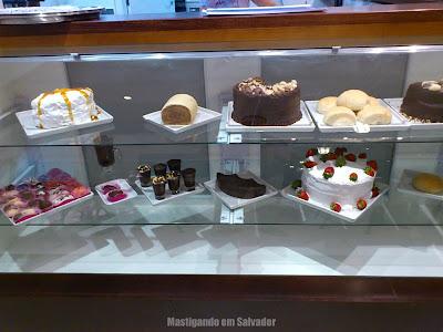 Santorini Café: Vitrine de Doces