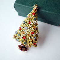 vintage gift for her christmas tree brooch