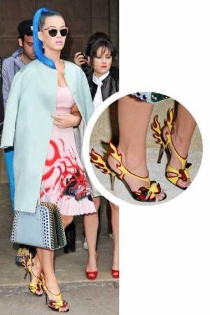 Sepatu Unik Katy Perry